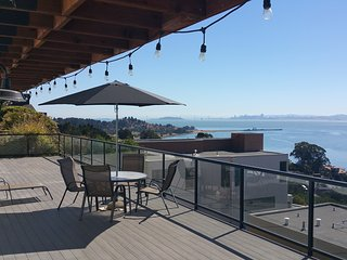 No Worries: New with a View !!!, Point Richmond