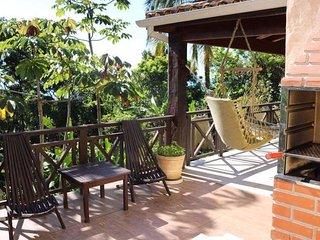 Casa com duas suites com linda vista em Maresias