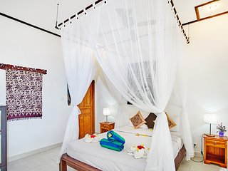 romantic room with tropical garden view, Nusa Lembongan
