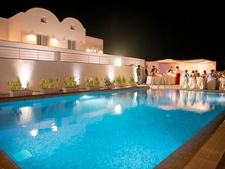 PRIVATE -SEA FRONT VILLA  WITH POOL  by Santorini Fira beach!