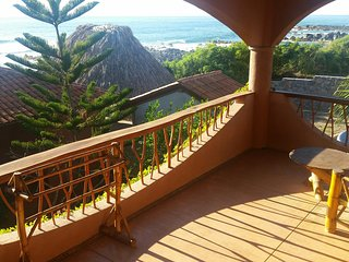 Secluded Oceanfront Tropical Inn