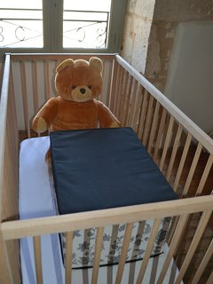 cots/highchairs/nightlights/plenty of sheets/towels for babies and toddlers