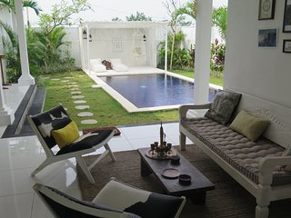 Villa Mar Bali, a lovely 3br villa with pool in Echo Beach