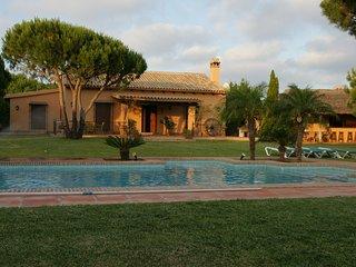 Casa rural 3 dormitorios con piscina a 1500m de la playa, Conil de la Frontera