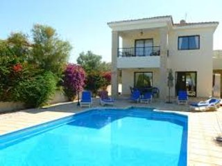 Super 3 bed villa with Private Pool & Sea Views in sought after location!, Kouklia