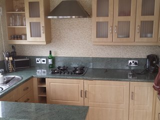 Luxury 6 Berth Holiday Home Valley Farm Clacton On Sea, Clacton-on-Sea