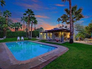 Stylish Alexander, Palm Springs
