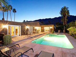 Twin Palms Paradise