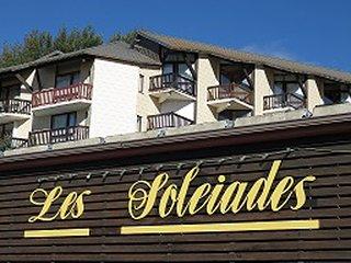 Studio 2/3 pers proximité centre ville Font Romeu et télécabines - ski montagne