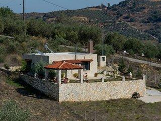 Eftihia Stone Villa
