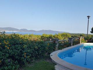 villa con piscina e panorama sulle dune PORTO PINO