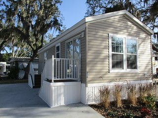 One Bedroom Cottage in East Bradenton