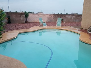 Beautiful 3 bdrm 2 bath home with pool near many venues