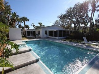 Pool Home Walking Distance to the Beach