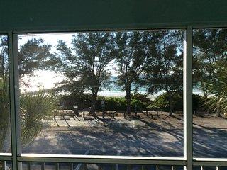 'Pelican Cove' - 2BR Bradenton Beachside Condo!