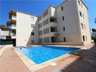 Victoria Park + pool 50mts to beach, L'Estartit