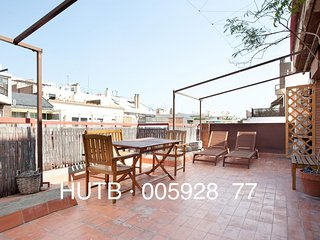 Roma Familiar apartment in Eixample Esquerra with WiFi, airconditioning