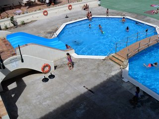 Costabravapartment Jardins del Mar, 2 swimming pools. 300m to the beach