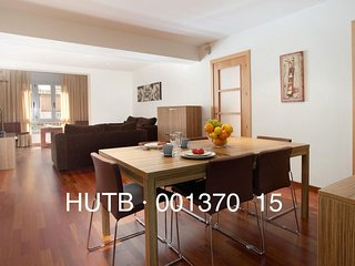 Hércules apartment in Eixample Dreta with WiFi, airconditioning, balkon & lift., Barcelona