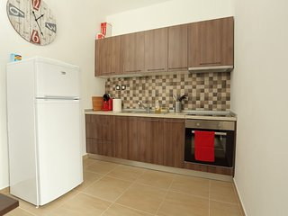 FewoHellas - fully renovated and newly refurbished 2 bedroom apartment