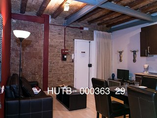 Gotic Modernista apartment in Barrio Gotico with WiFi & integrated air condition