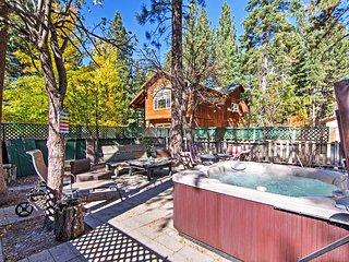 3BR South Lake Tahoe House w/ Hot Tub!
