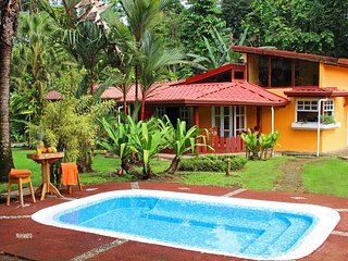 Secluded Tropical Retreat, La Fortuna de San Carlos