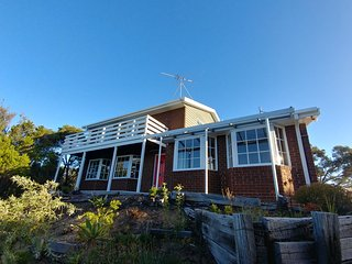 Panorama Rye - 4 Br Family Home with Great Views