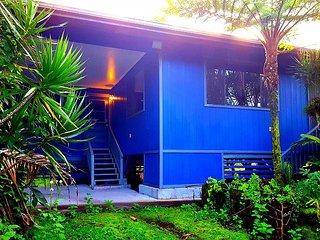 Hale Ola Aina - In Sunny Hawaiian Paradise Park