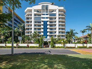 Oceanview Esplanade Cairns