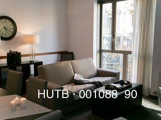 Pedrera Viva I apartment in Eixample Dreta with WiFi, airconditioning & lift., Barcelona