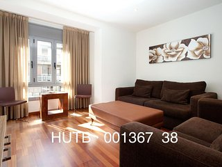 Sagrada Valencia III apartment in Eixample Dreta with WiFi, airconditioning