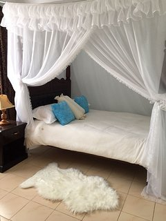 The 2nd guest bedroom . Its great to have your guest comfy right!!