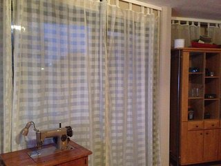 Apartment near Fair Trade Center and Airport with own kitchen, shower + balcony, Ratingen