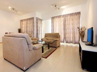 Cozy Living in Jumeirah Beach Residence- Sadaf 5 -  3 bedroom, Dubái
