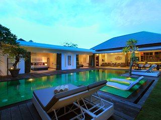 #C1 Modern Villa with Long Pool in Seminyak