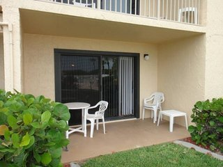 7520 Ridgewood Ave Unit #108, Cape Canaveral