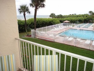 7520 Ridgewood Ave Unit #202, Cape Canaveral