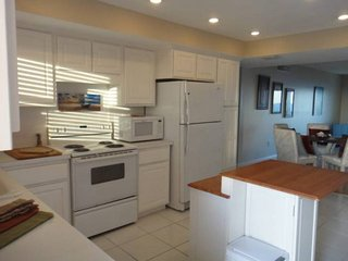 7520 Ridgewood Ave Unit #910 :: Cape Canaveral Vacation Rental, Cabo Cañaveral
