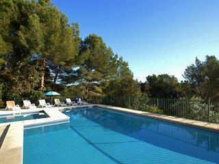 Acogedor y amplio dúplex con piscina en Cala Galdana