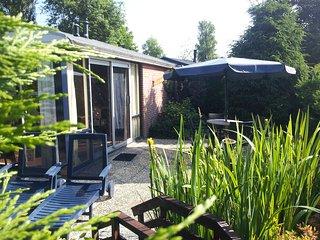 Zonnig Zuid 4 persoons vrijstaande recreatie woning, Tuitjenhorn