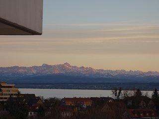 Fewo Alex - Große Ferienwohnung mit See und Alpenblick ****/DTV, Meersburg (Bodensee)