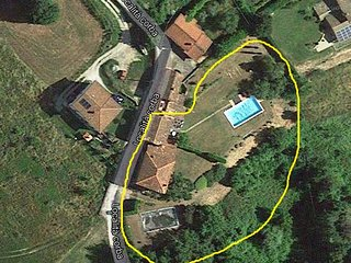 2 houses each with own pool 60kms northern of Lucca. 12x6 & 10x5 swimming pools