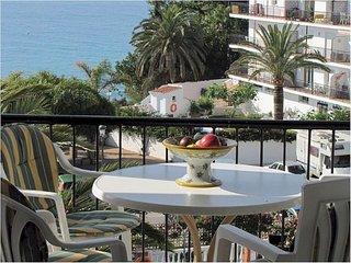 2B 2BTH APT AC WiFi  Verde Mar Carabeo  Sea views close to beach/ town T0115