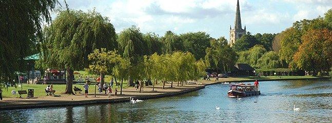 River Avon Stratford upon Avon (10 miles / 15 min drive away)