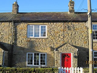 Beautifully presented cottage in historic, picture postcard village