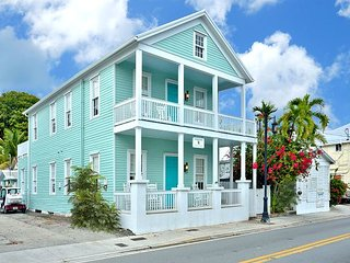 ~ BESS TRUMAN SUITE ~ Luxury Apt In Prime Location, Steps to Duval St & Beach