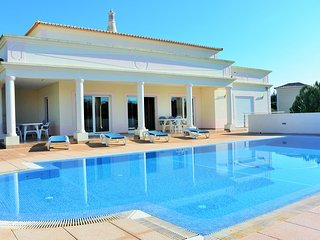 Beautiful 4 bedroom villa