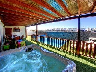 Villa Sabina en Las Coloradas 400 metros del paseo peatonal y de la playa