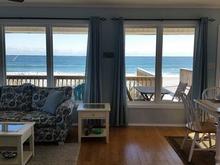 Surf's Up - Breathtaking Ocean Views, Completely Updated Cottage, North Topsail Beach